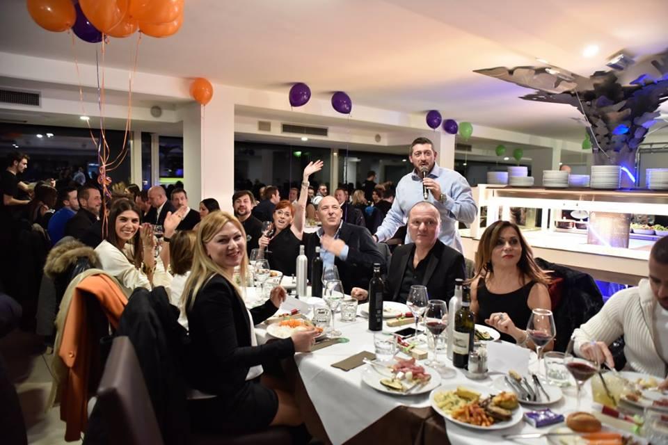 XMAS-PARTY-2016-LA-consueta-cena-evento-TODO-prenatalizia-venerdì-2-dicembre-2016-al-Baraonda-di-Desenzano